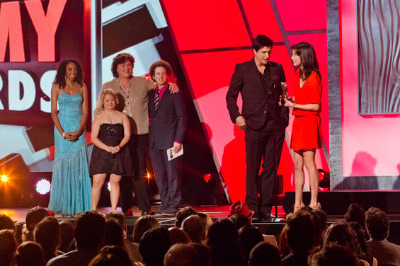Ken Marino, winning a Streamy for Burning Love